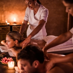 Massage Delight in India with warm oil 1:15